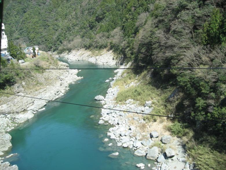 JR土讃線より吉野川