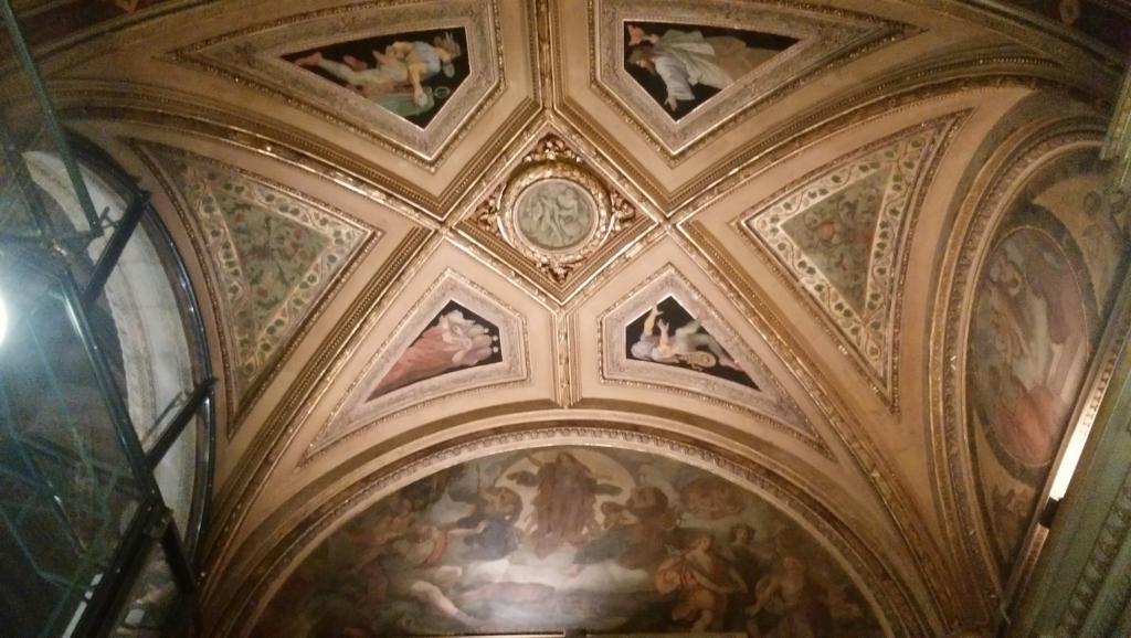 天井の絵画