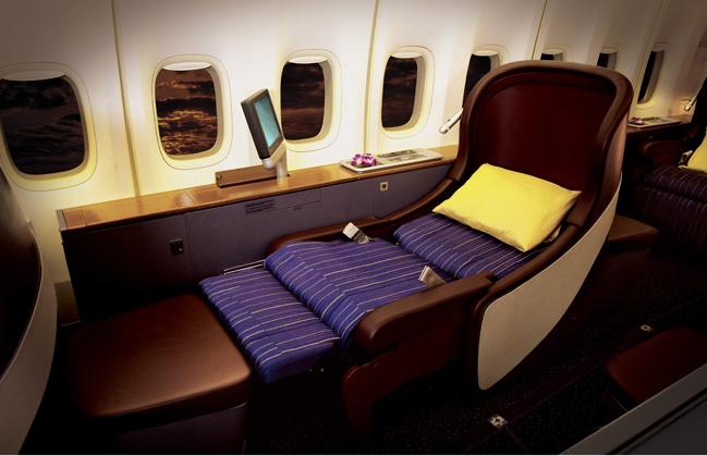 タイ国際航空 ファーストクラス 747