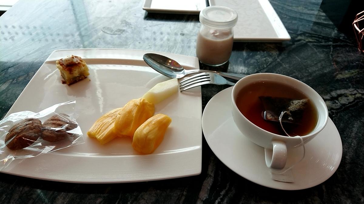 teatime-lounge-lemeridien-kl