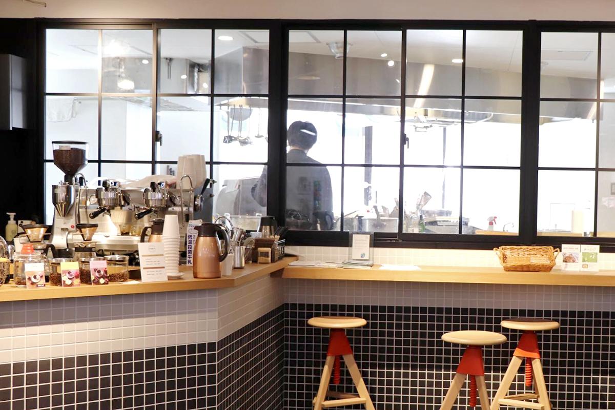 地球珈琲とSmartKitchenの厨房