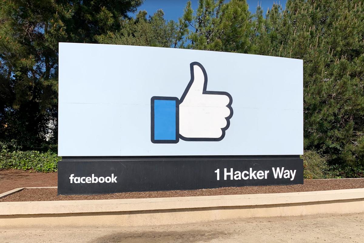 Facebook 看板