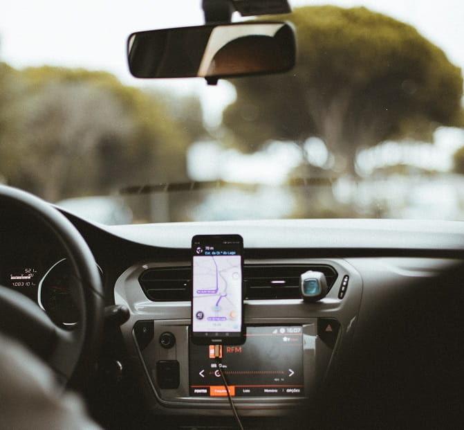 Uber利用中の車内の景色