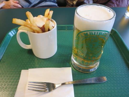 ラキピ駅前店ビール