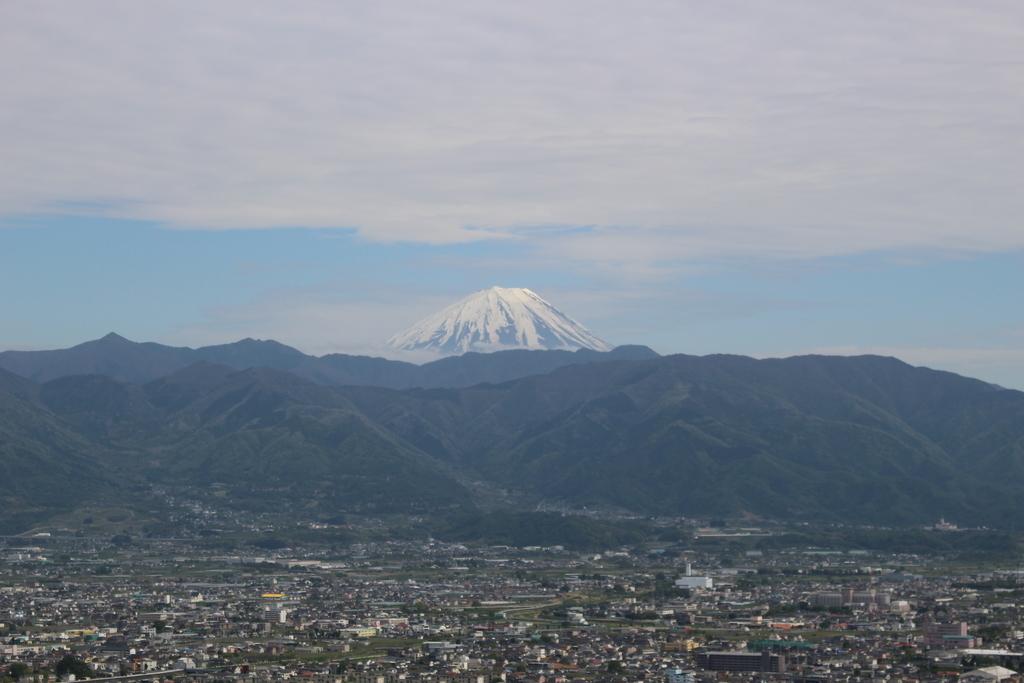 山梨県立科学館 展望デッキからの富士山