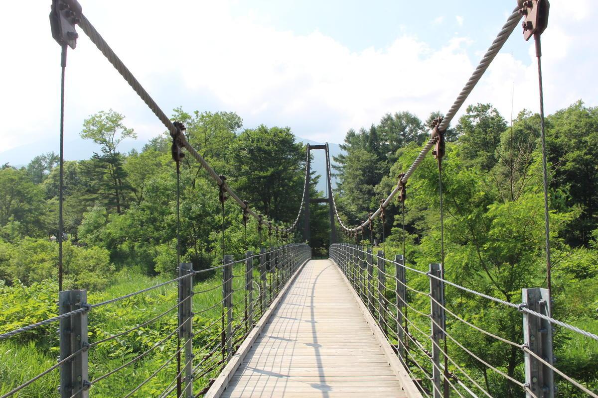 キャンプ場 吊橋