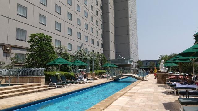 ホテルイースト21 ガーデンプール