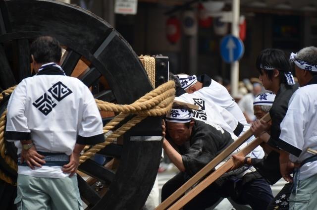 『京都新聞写真コンテスト祇園祭前祭山鉾巡行 辻回しその3』