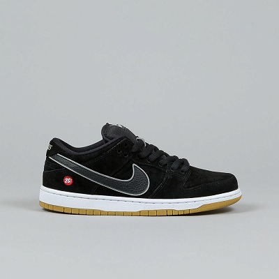 f:id:sneakerfreak:20190123173054j:plain
