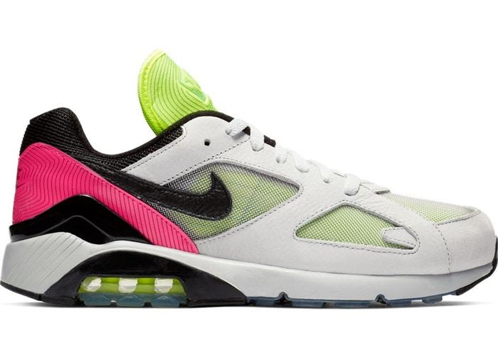 f:id:sneakerfreak:20190323022457j:plain