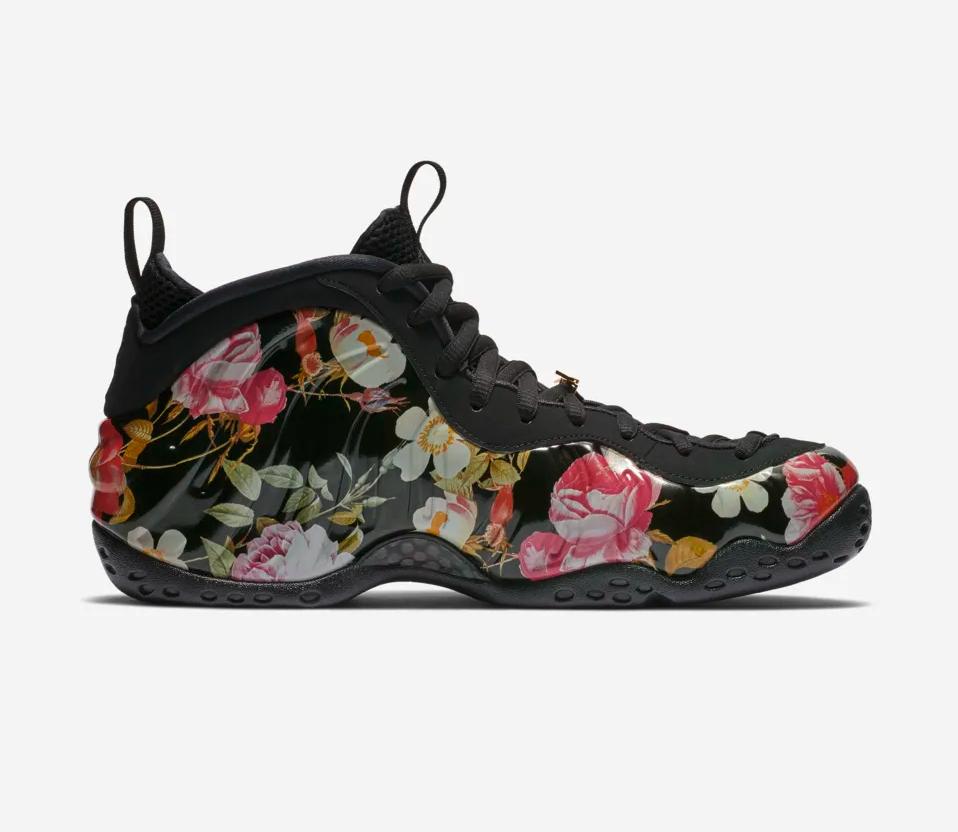 f:id:sneakerscaffetokyo:20190222065255p:plain