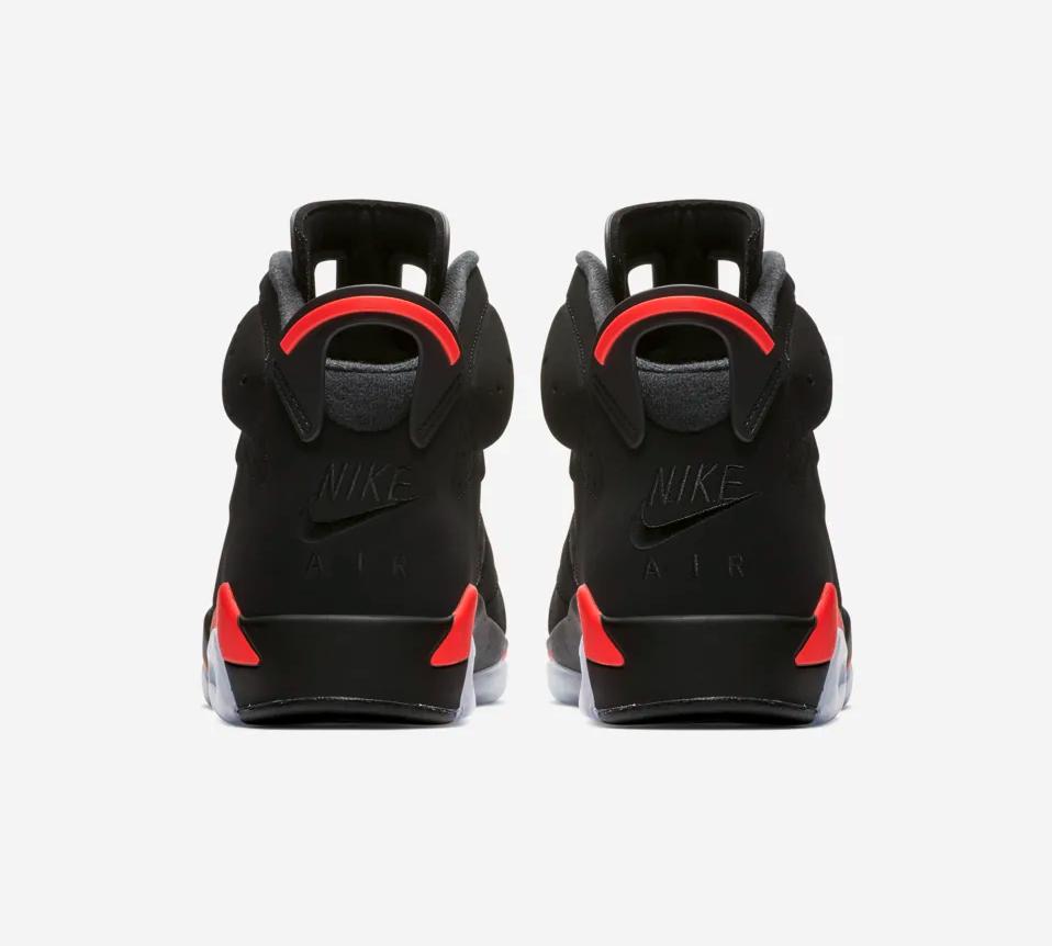 f:id:sneakerscaffetokyo:20190225151742p:plain