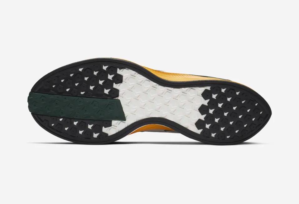 f:id:sneakerscaffetokyo:20190226083550p:plain