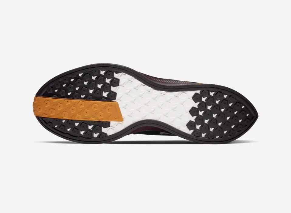 f:id:sneakerscaffetokyo:20190226084601p:plain