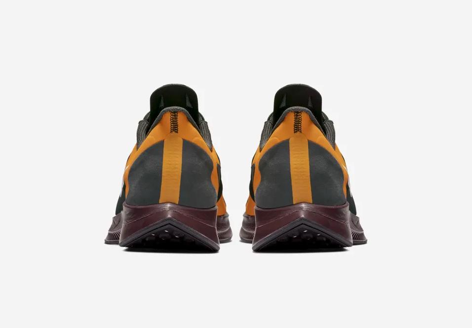 f:id:sneakerscaffetokyo:20190226084641p:plain