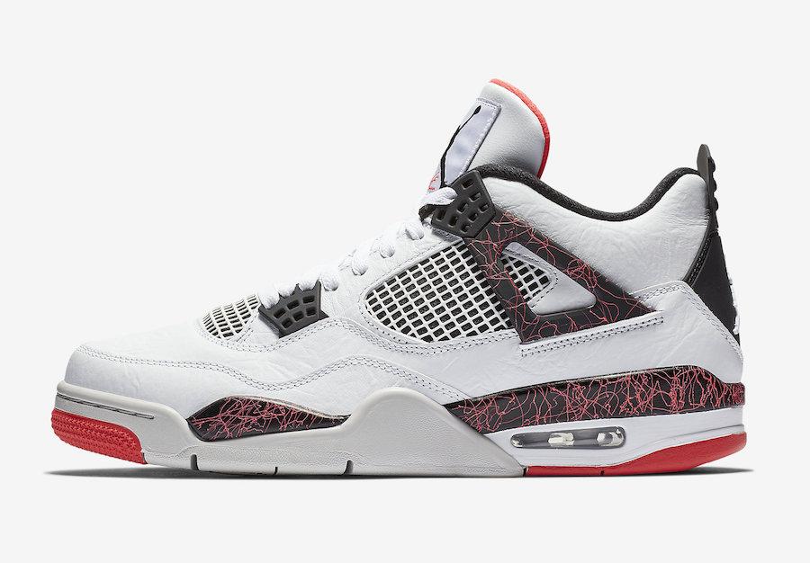 f:id:sneakerscaffetokyo:20190228155244j:plain