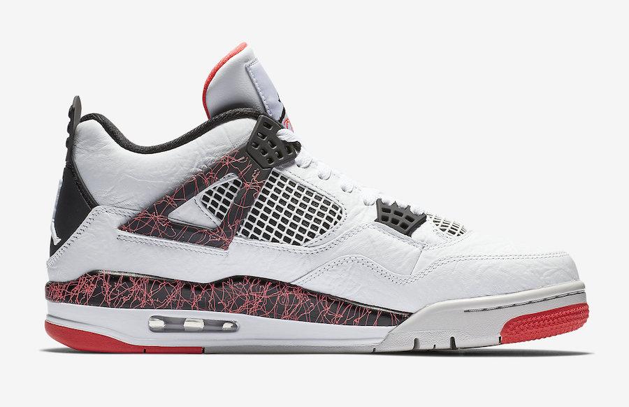 f:id:sneakerscaffetokyo:20190228155300j:plain
