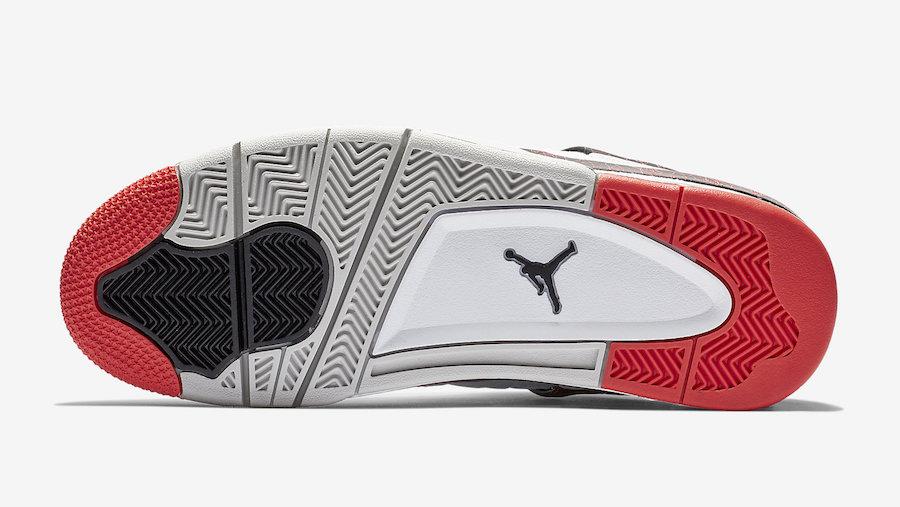 f:id:sneakerscaffetokyo:20190228155315j:plain