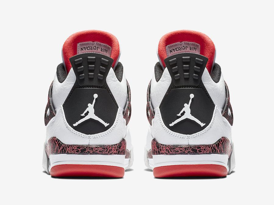 f:id:sneakerscaffetokyo:20190228155337j:plain