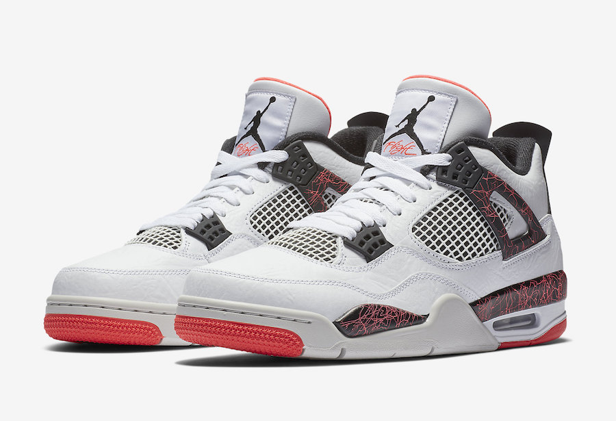 f:id:sneakerscaffetokyo:20190228155405j:plain