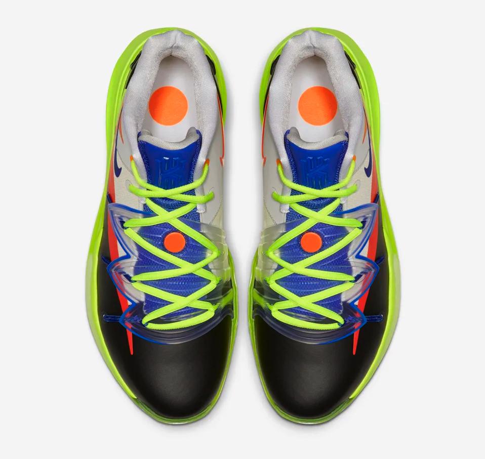f:id:sneakerscaffetokyo:20190304173539p:plain