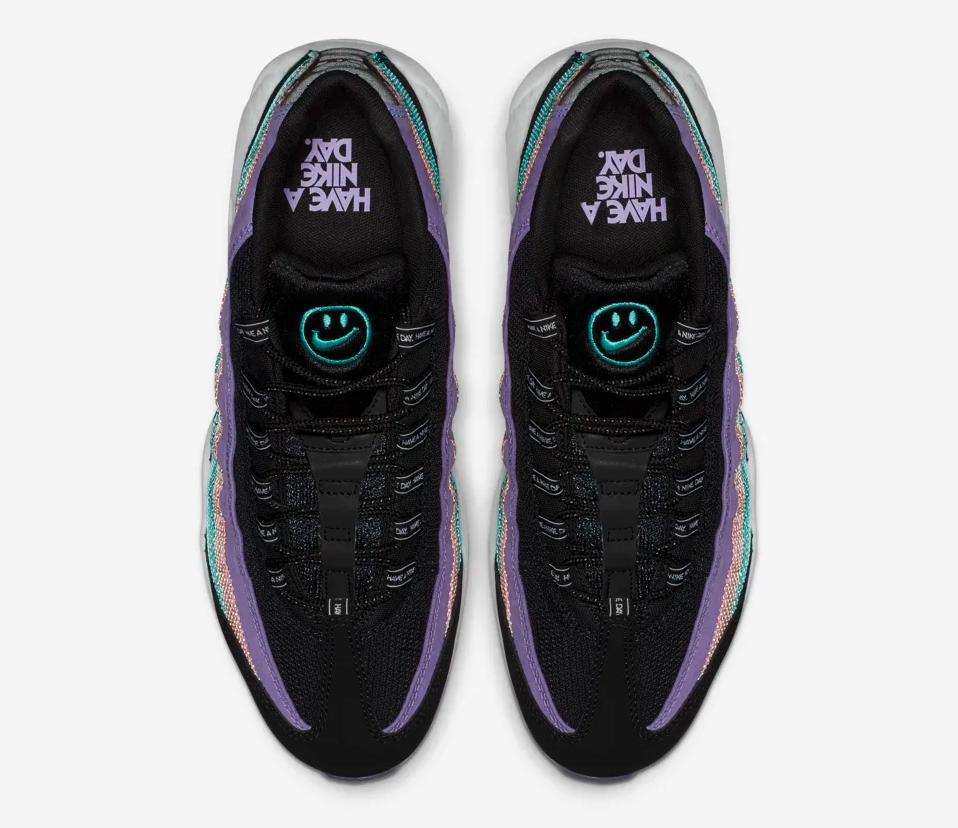 f:id:sneakerscaffetokyo:20190306141651p:plain
