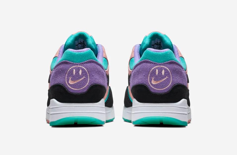 f:id:sneakerscaffetokyo:20190306173610p:plain