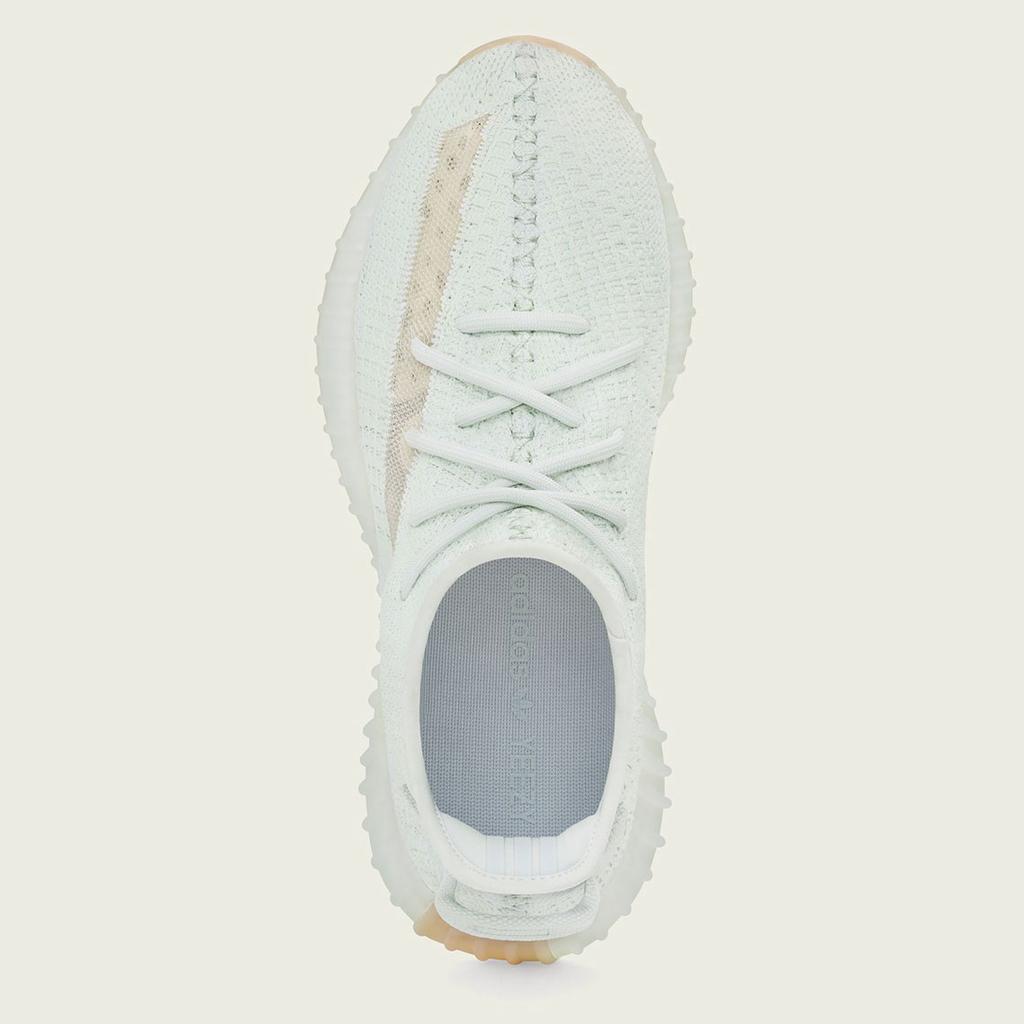 f:id:sneakerscaffetokyo:20190312160538j:plain