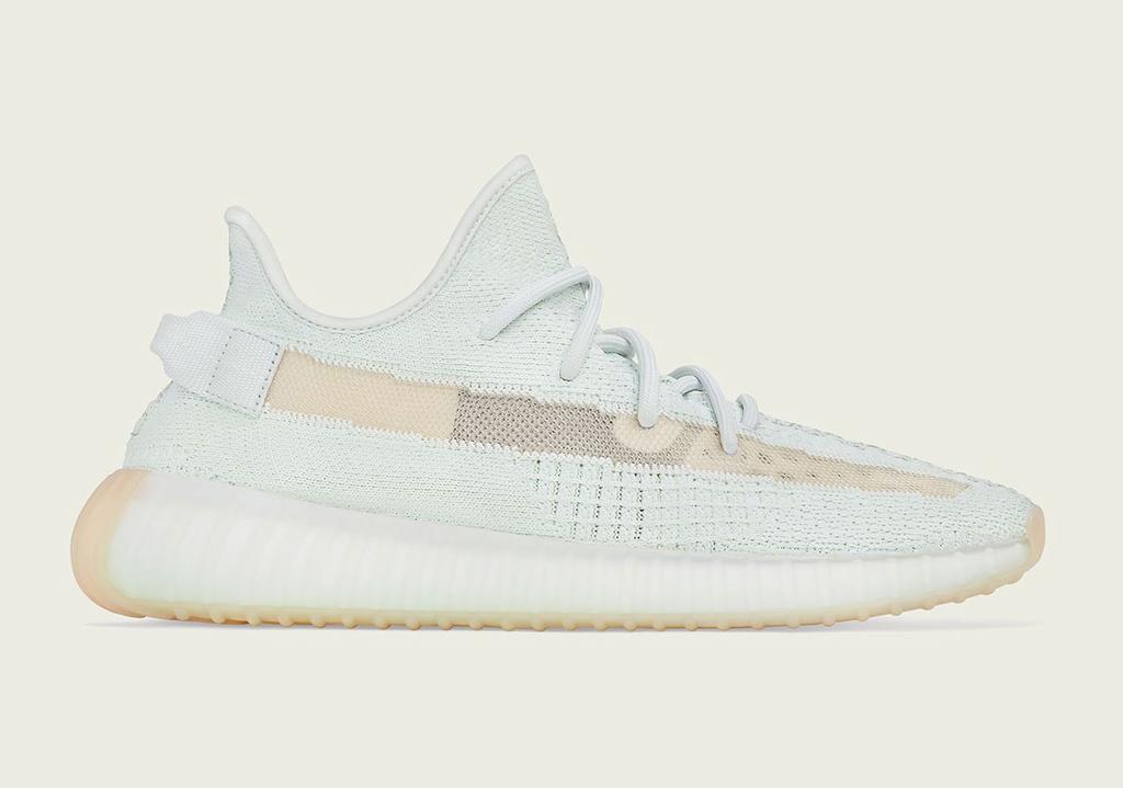 f:id:sneakerscaffetokyo:20190312164244j:plain