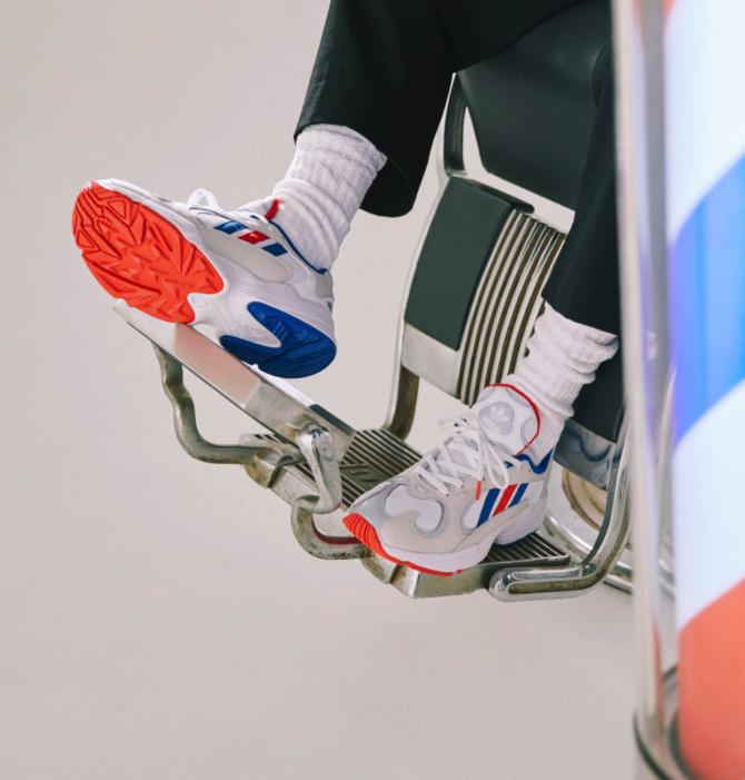 f:id:sneakerscaffetokyo:20190314175848p:plain