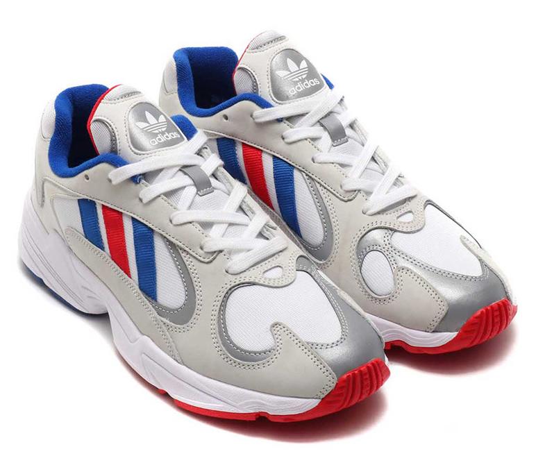 f:id:sneakerscaffetokyo:20190314180022j:plain
