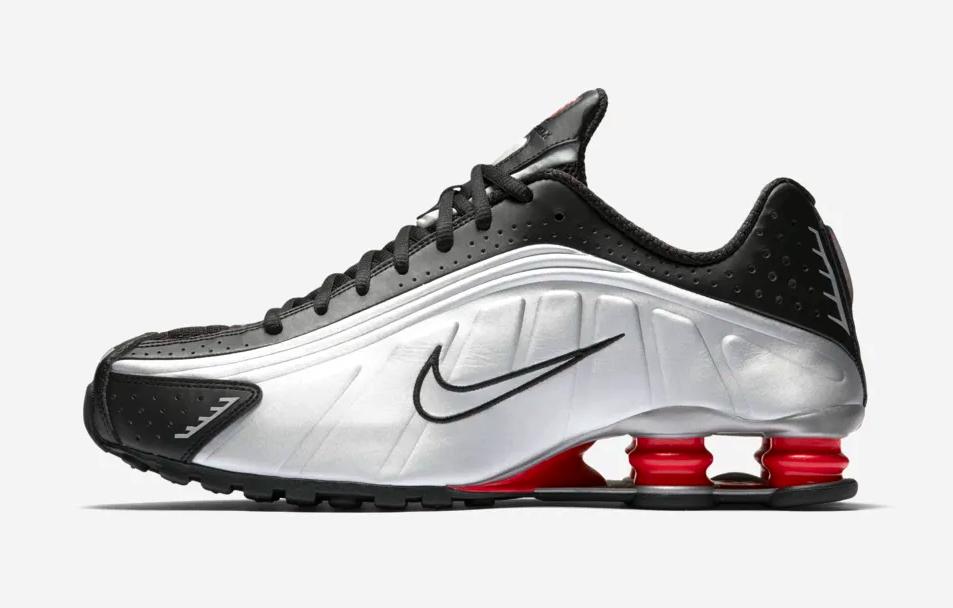 f:id:sneakerscaffetokyo:20190317100423p:plain