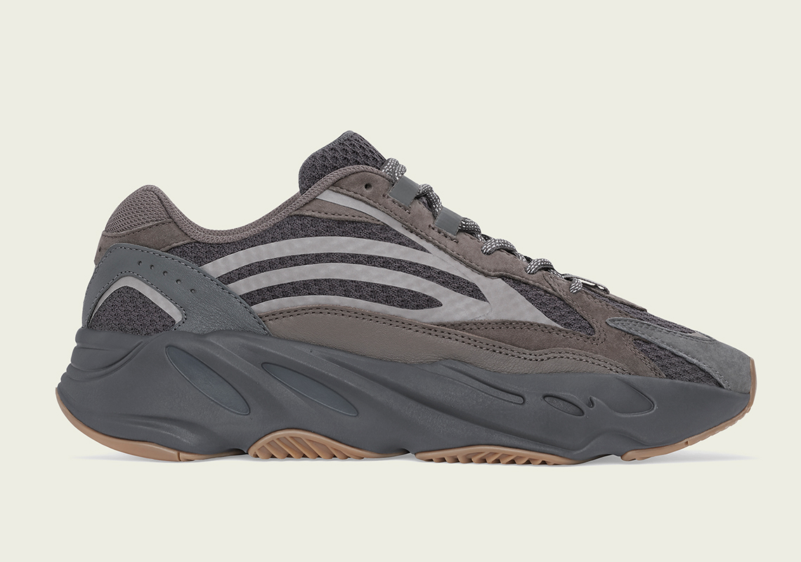 f:id:sneakerscaffetokyo:20190320091623j:plain