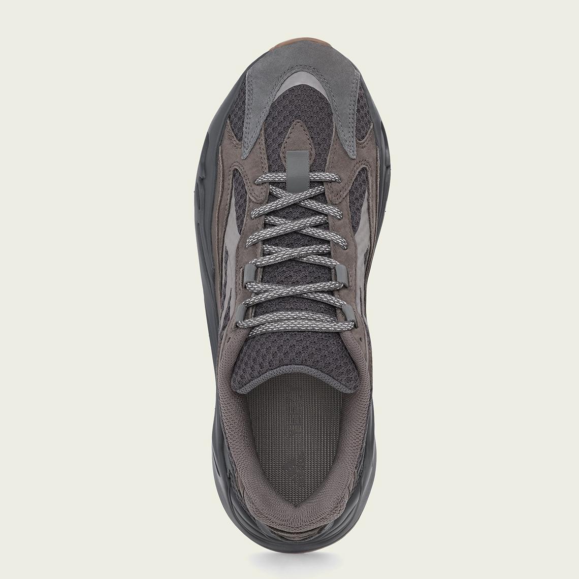 f:id:sneakerscaffetokyo:20190320091754j:plain