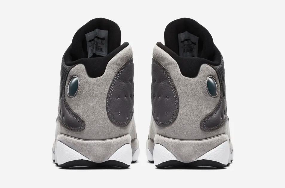 f:id:sneakerscaffetokyo:20190322094444p:plain