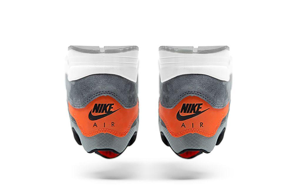 f:id:sneakerscaffetokyo:20190324083341j:plain