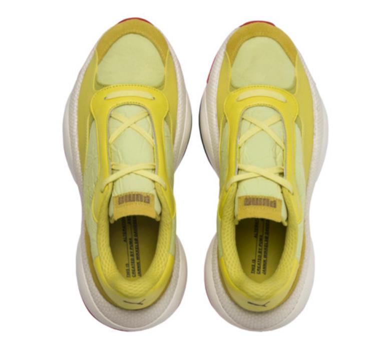 f:id:sneakerscaffetokyo:20190327100809p:plain