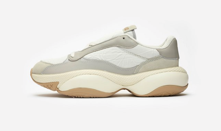 f:id:sneakerscaffetokyo:20190327101652p:plain