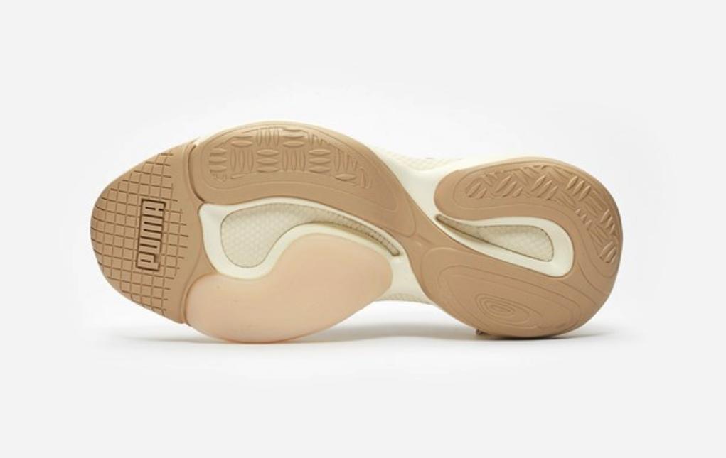 f:id:sneakerscaffetokyo:20190327101712p:plain