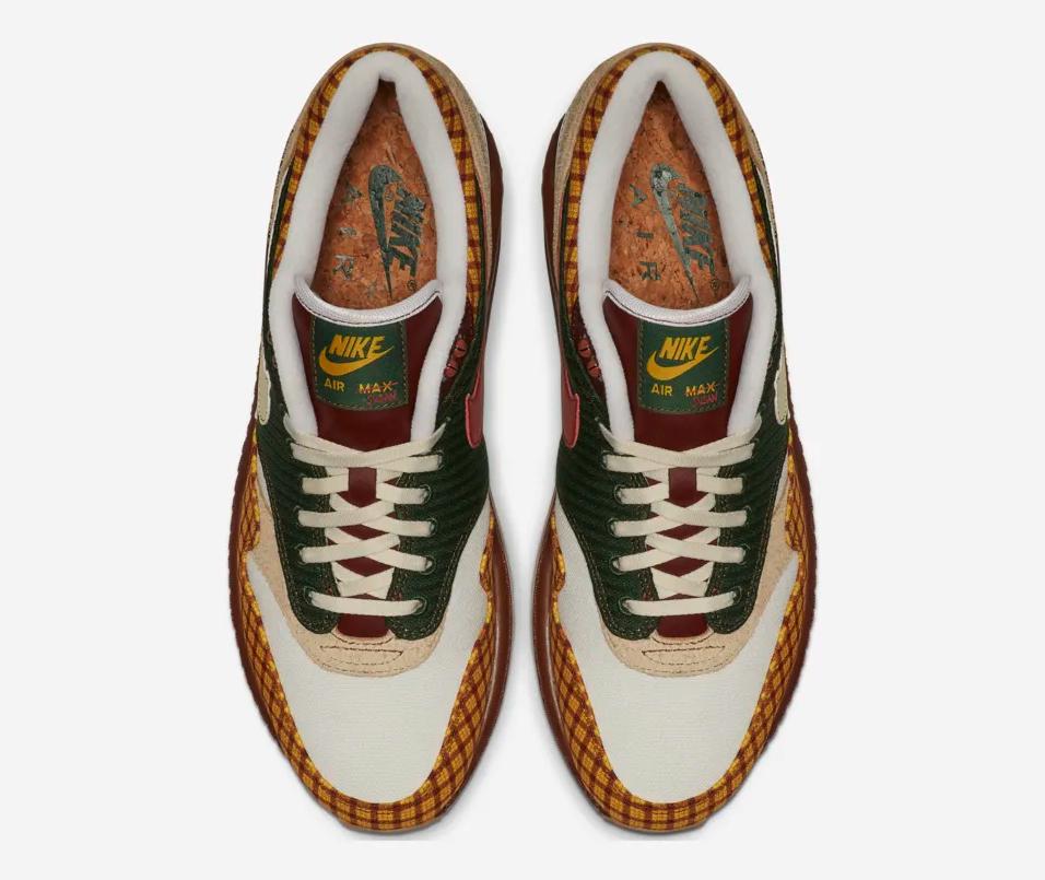 f:id:sneakerscaffetokyo:20190402112812p:plain