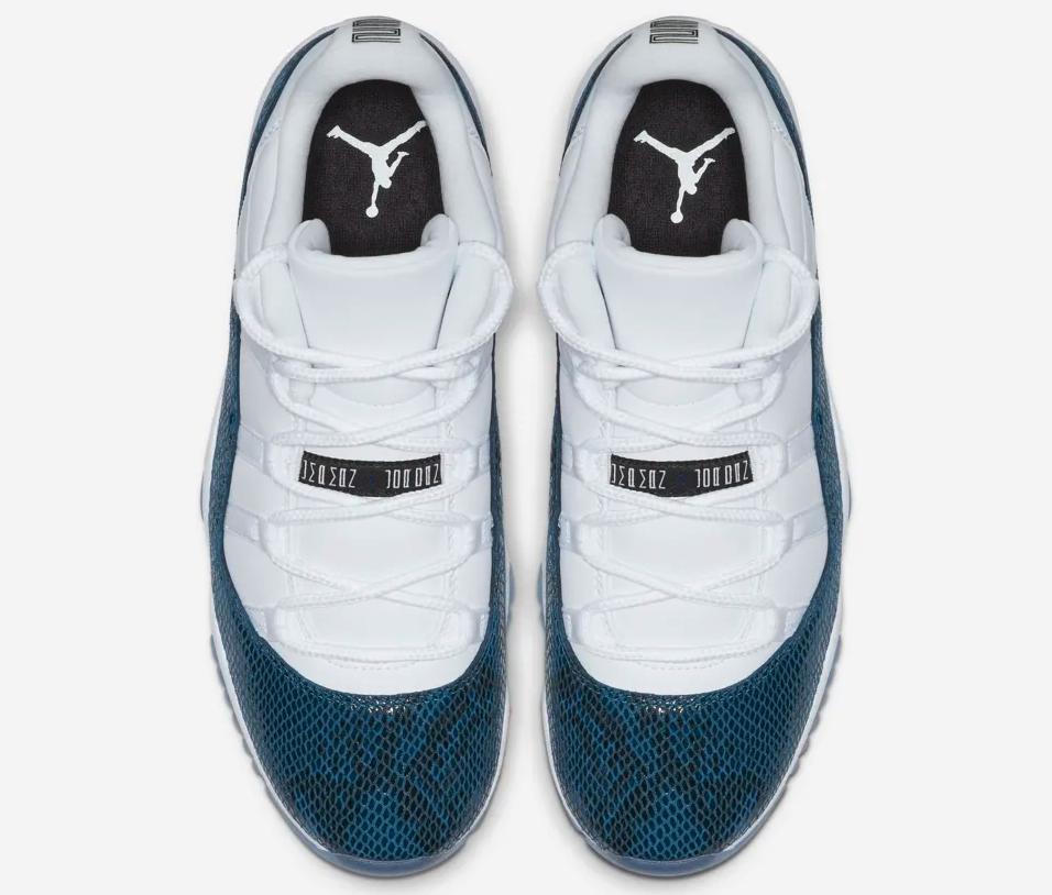 f:id:sneakerscaffetokyo:20190412143637p:plain