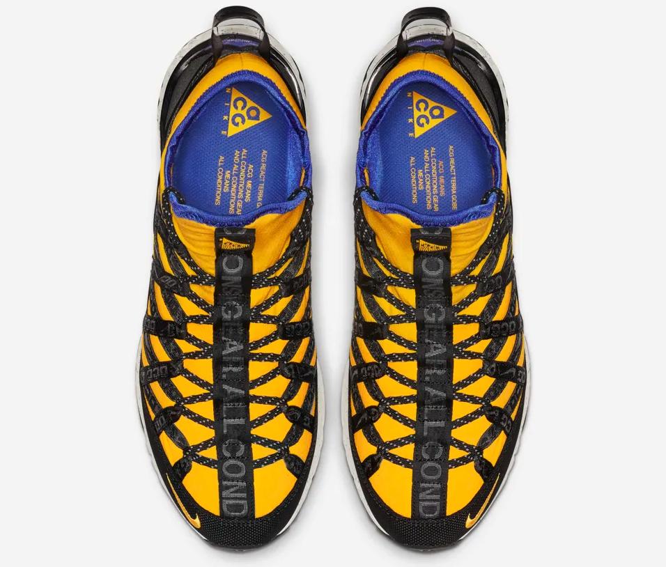 f:id:sneakerscaffetokyo:20190412172819p:plain