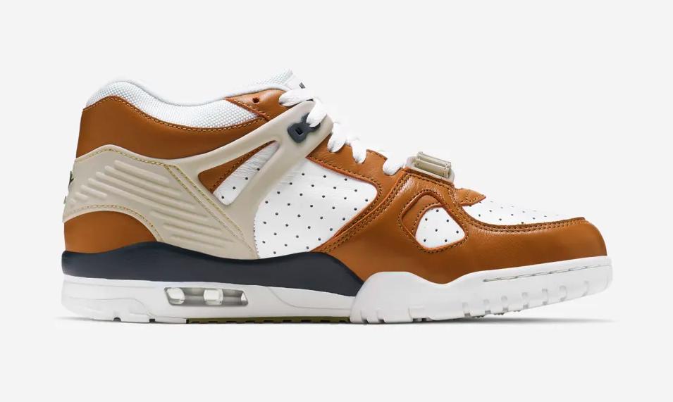 f:id:sneakerscaffetokyo:20190422103308p:plain