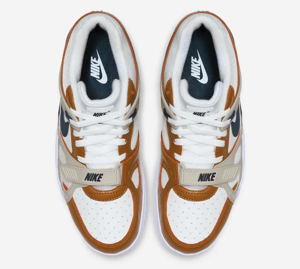 f:id:sneakerscaffetokyo:20190422103335p:plain