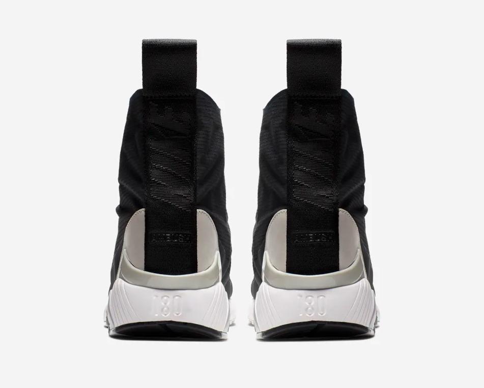 f:id:sneakerscaffetokyo:20190423174906p:plain