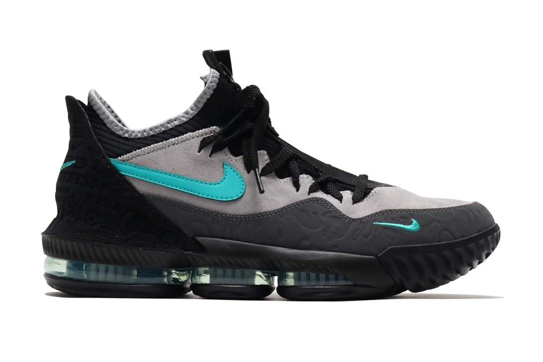 f:id:sneakerscaffetokyo:20190424095458j:plain