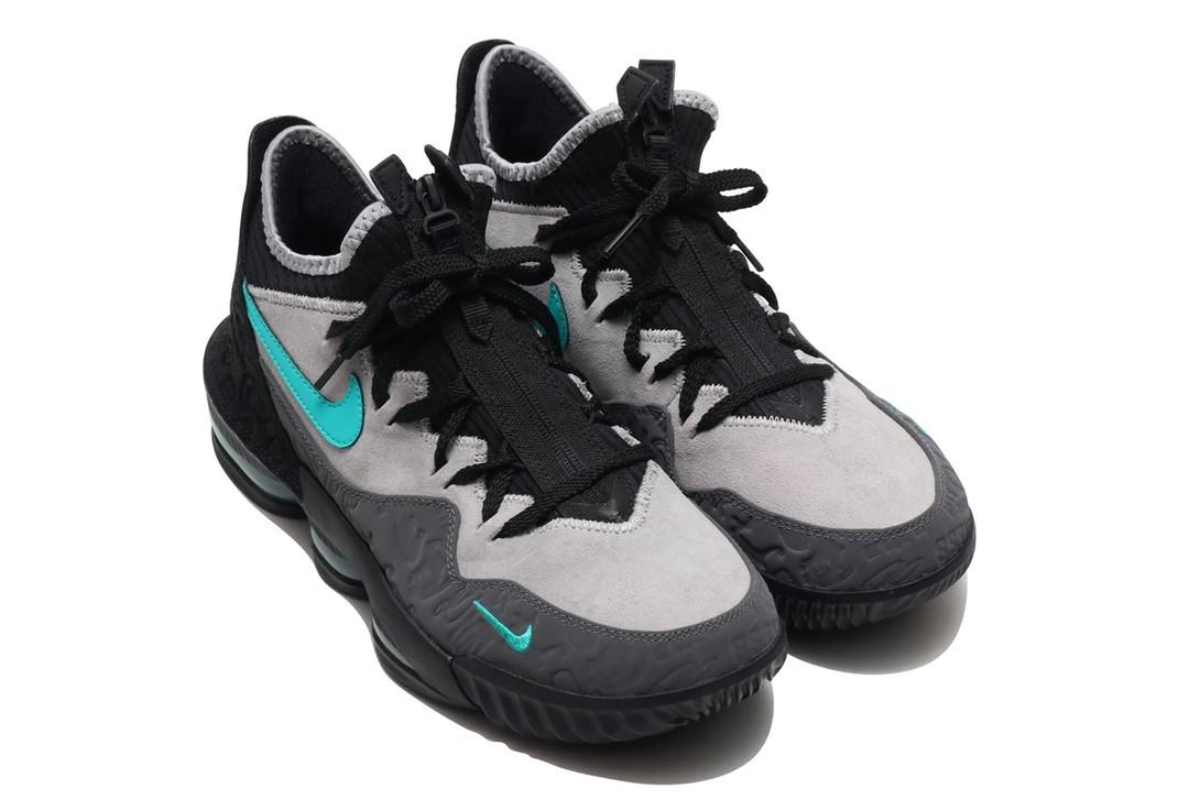 f:id:sneakerscaffetokyo:20190424095555j:plain