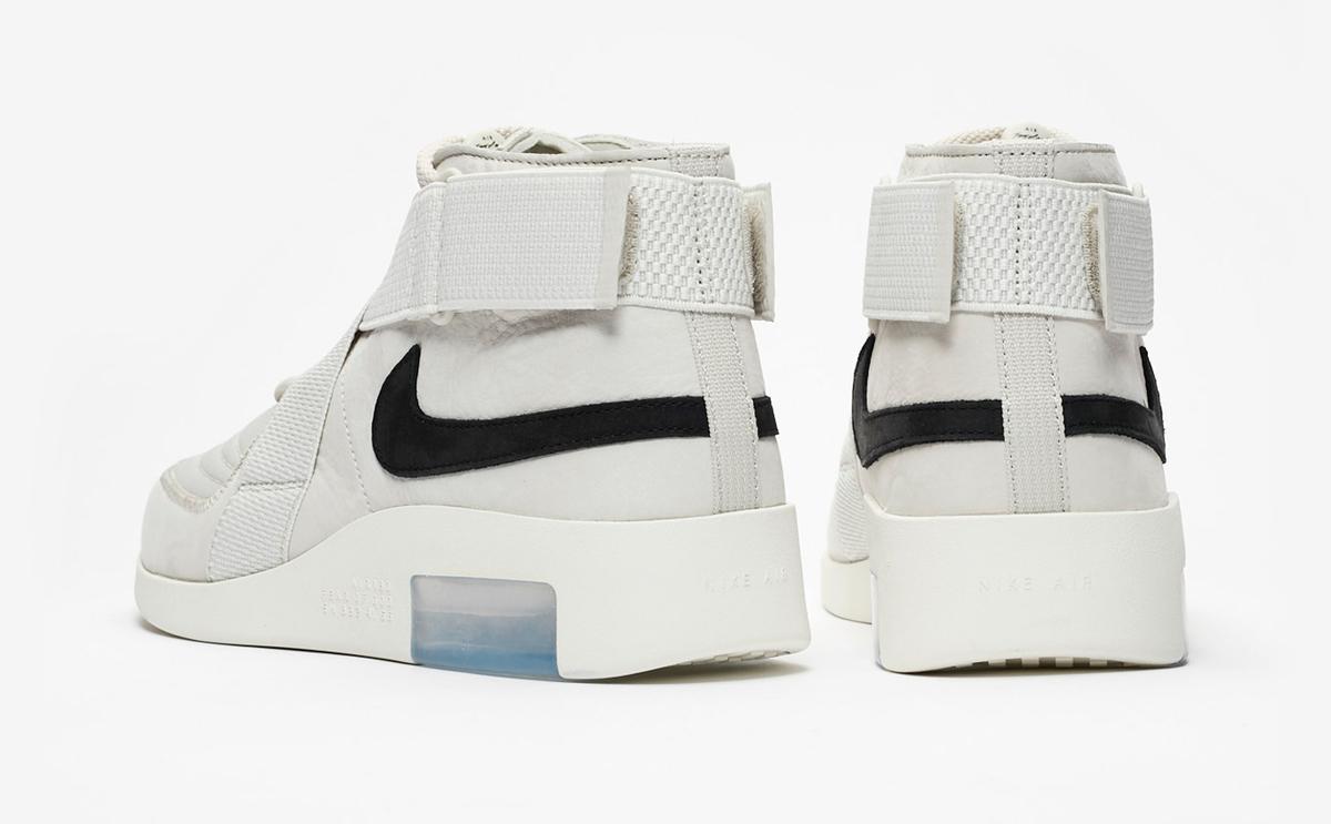 f:id:sneakerscaffetokyo:20190426110255j:plain