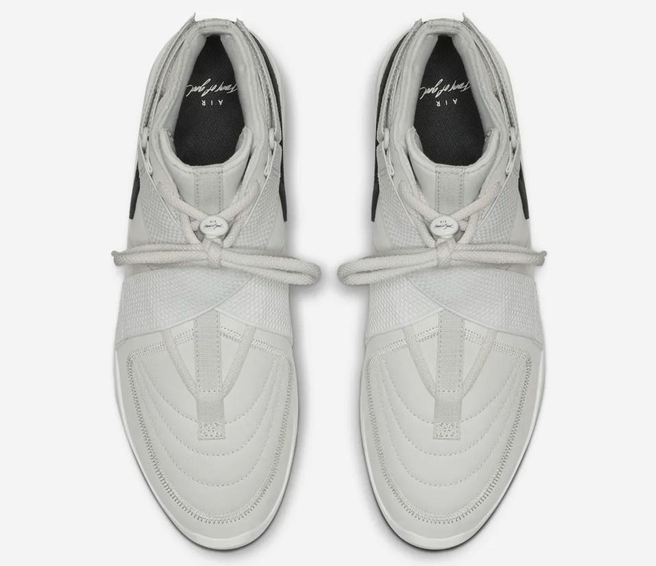 f:id:sneakerscaffetokyo:20190426110314p:plain