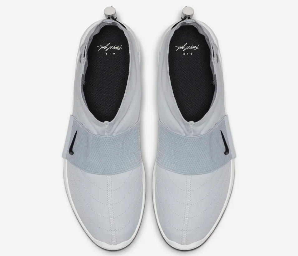 f:id:sneakerscaffetokyo:20190426145848p:plain